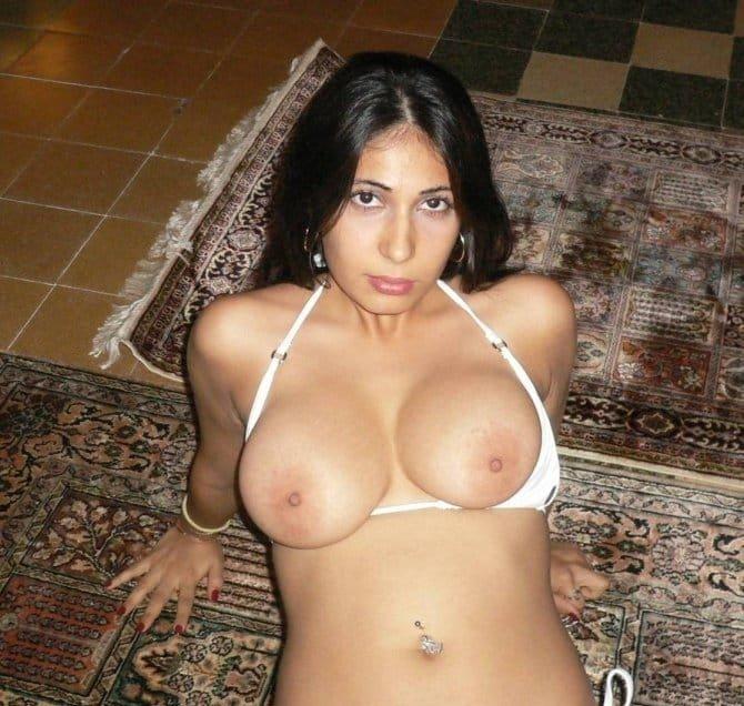 фото голых армянских девушек